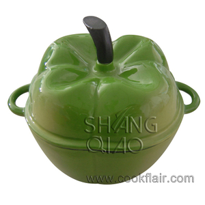 Cast Iron Apple Casserole Pot