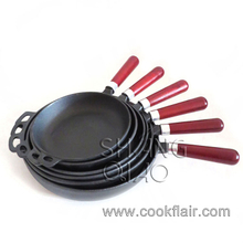 Set of 6 Pieces Pre-seasoned Cast Iron Fry Pan Set with Wooden Handle